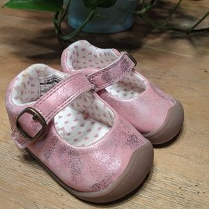 Other - Carter's shiny baby girl shoes Mary Jane's size 2